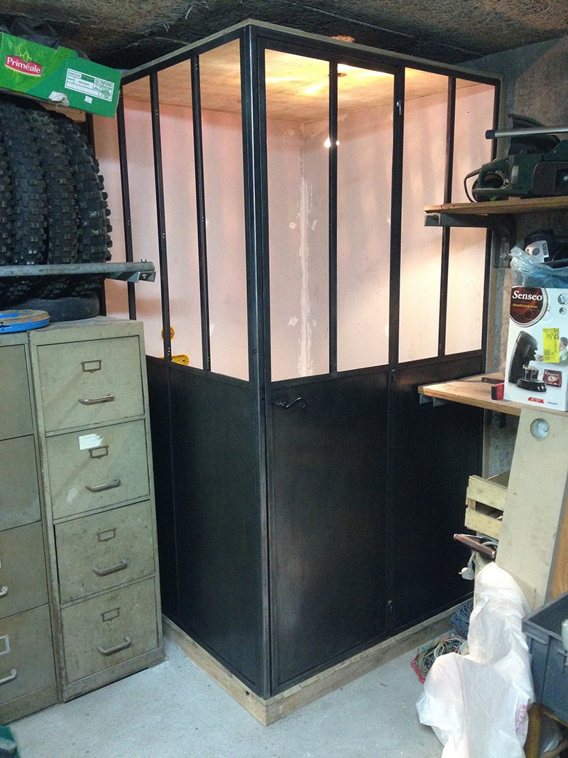 cr ation d 39 une verri re d 39 atelier retro factory. Black Bedroom Furniture Sets. Home Design Ideas